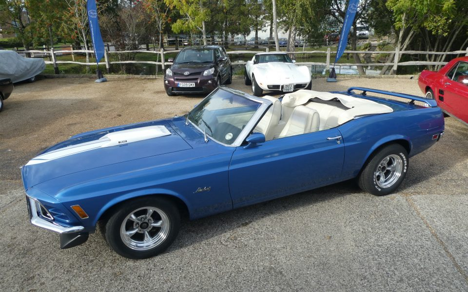 Mustang Convertible 1970  V8 302 Automatic with Power steering .